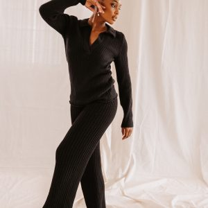 Baked Collection - Latitude Knitted V-Neck Sweater - Twilight